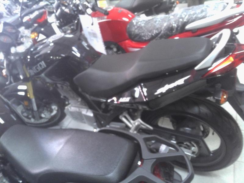 Qingqi Sport 125 / I-moto Strada  IMG_20120523_151431